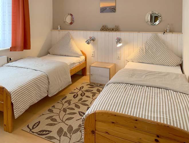ferienhaus lina kellenhusen das freundliche ferienhaus an der ostsee ferienwohnung 1. Black Bedroom Furniture Sets. Home Design Ideas